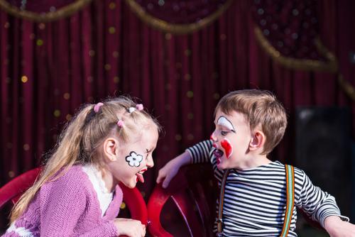 הצגת ילדים: שימי בממלכת הפחים